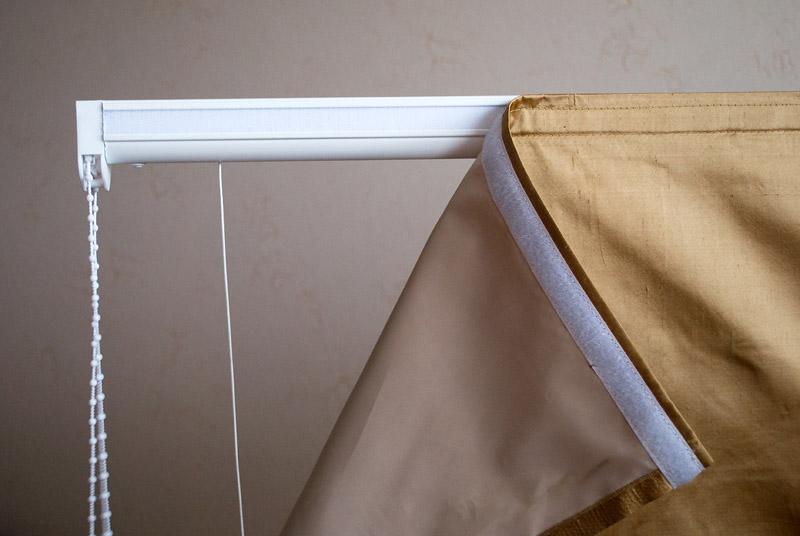Рулонные шторы на липучке